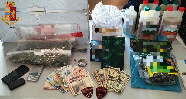 Torino: trovato in possesso di droga e del kit per una serra indoor