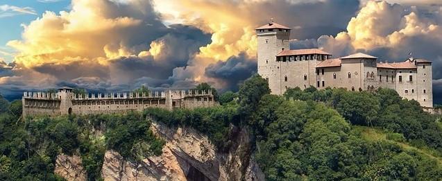 Scopriamo le meraviglie d'Italia. Prima tappa: i castelli