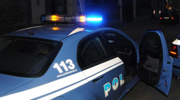 """Due uomini arrestati dai """"Falchi"""" della polizia: spacciavano in case """"bunker"""""""