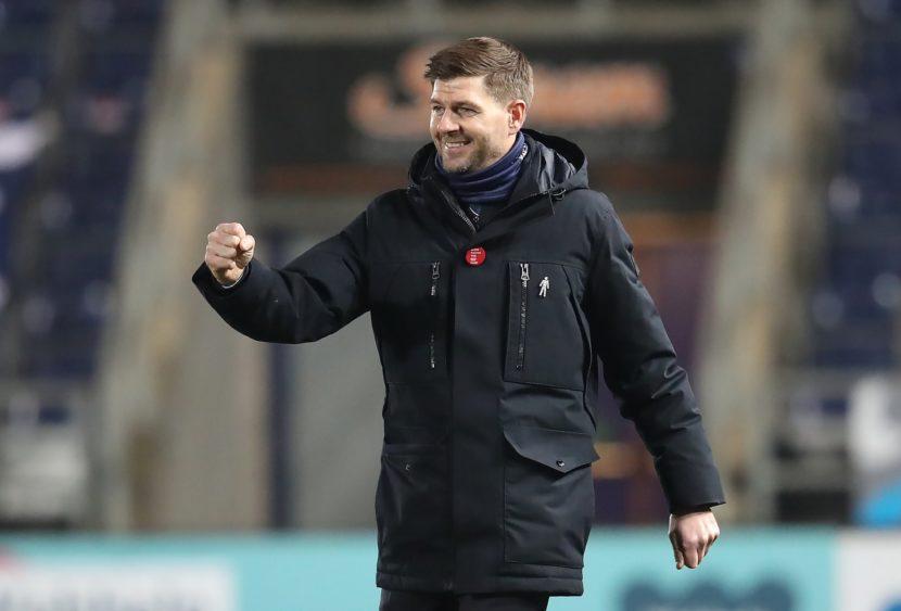 I Rangers tornano a dominare la Scozia, primo titolo per Gerrard