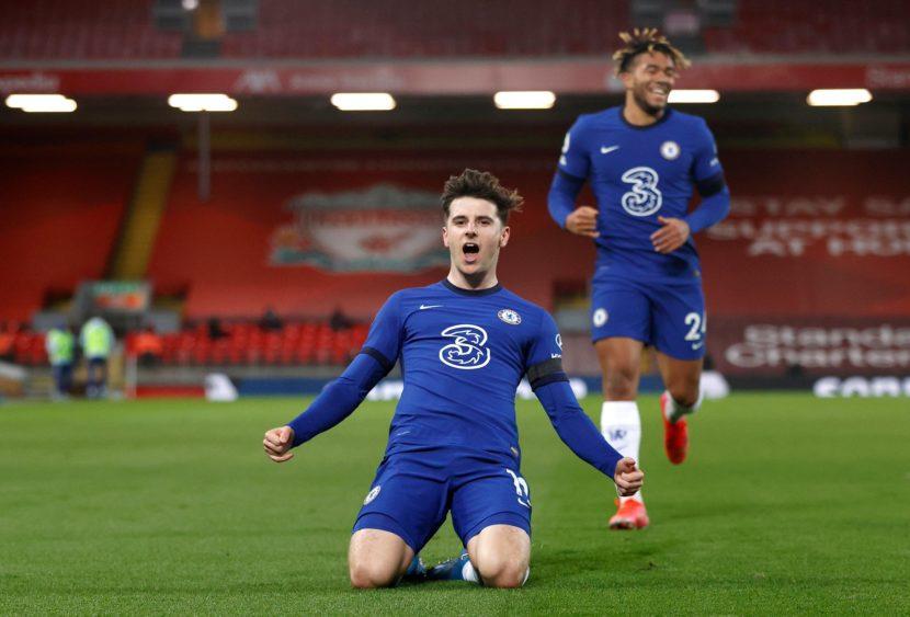 Premier League: il Chelsea espugna Anfield, Mou e Ancelotti di misura