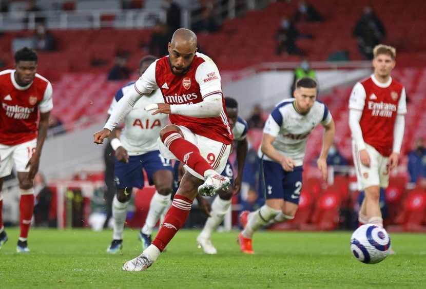 Premier League: Arsenal ok in rimonta nel derby, hat-trick per Iheanacho