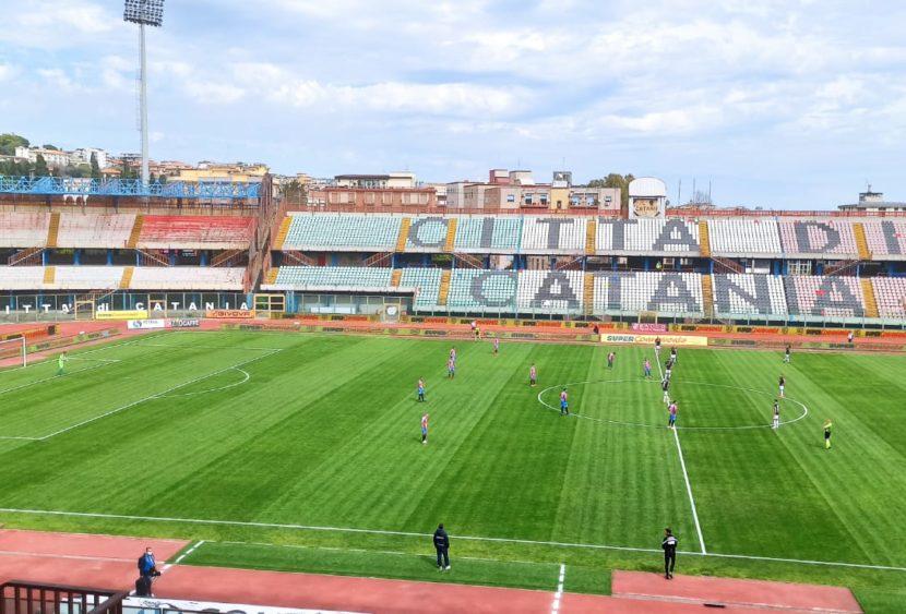 Catania, contro il Teramo finisce 0-1: decide l'autogol di Confente