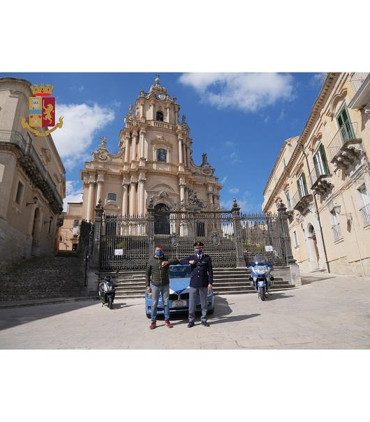 """Educazione stradale: la Polizia collabora con """"Mototurismo Ragusa"""""""