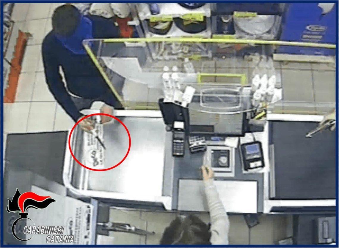 Grammichele, arrestato il secondo rapinatore del supermercato (video della rapina)