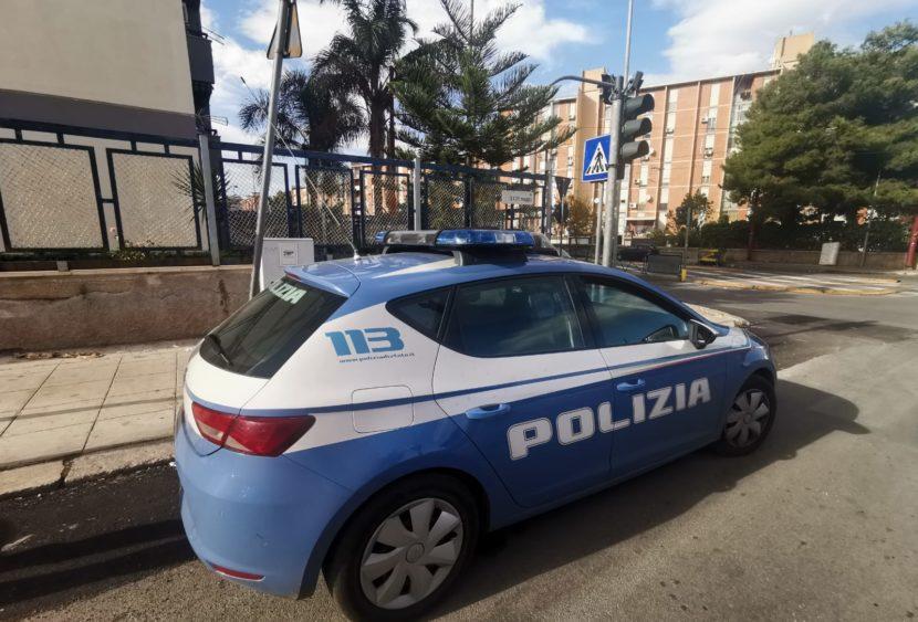 Palermo, scoperto appartamento della droga: tre arresti