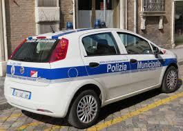 Catania: controlli della Polizia Municipale, multe e veicoli sequestrati