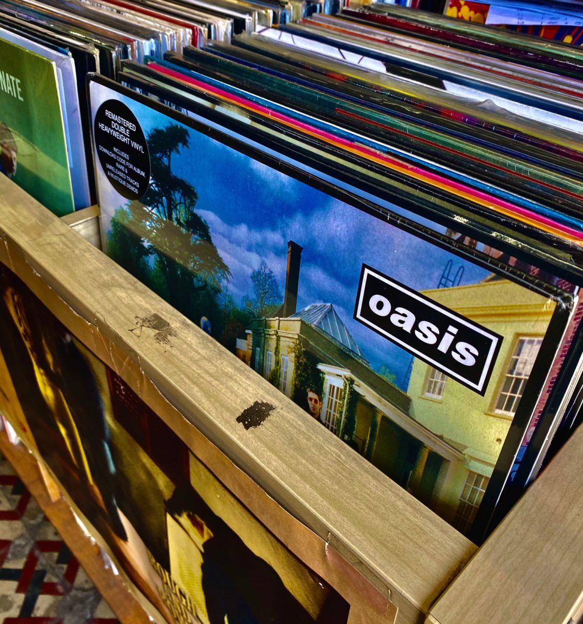 """I dischi in vinile sono senza tempo: """"un trend in positivo che supera lo streaming"""""""