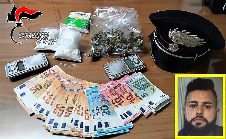 Catania, beccato nell'appartamento mentre tagliava la cocaina: arrestato