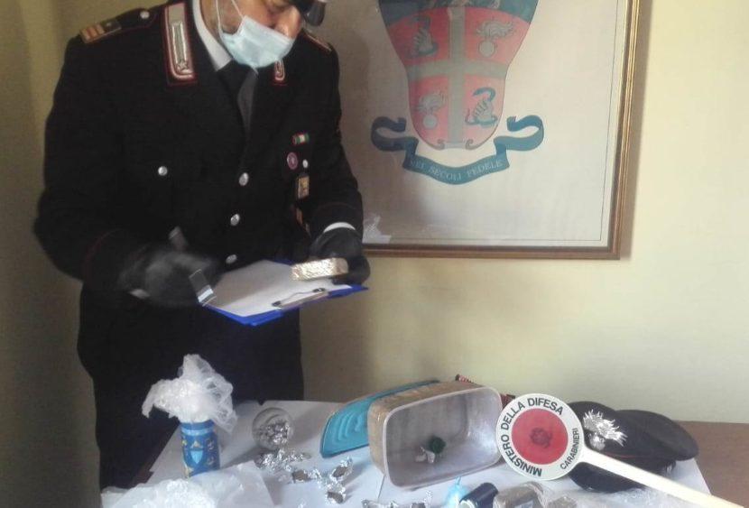 Giarre: denunciato uno spacciatore di sostanze stupefacenti