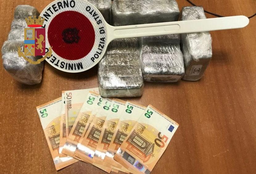 Palermo: la Polizia ha tratto in arresto un corriere della droga