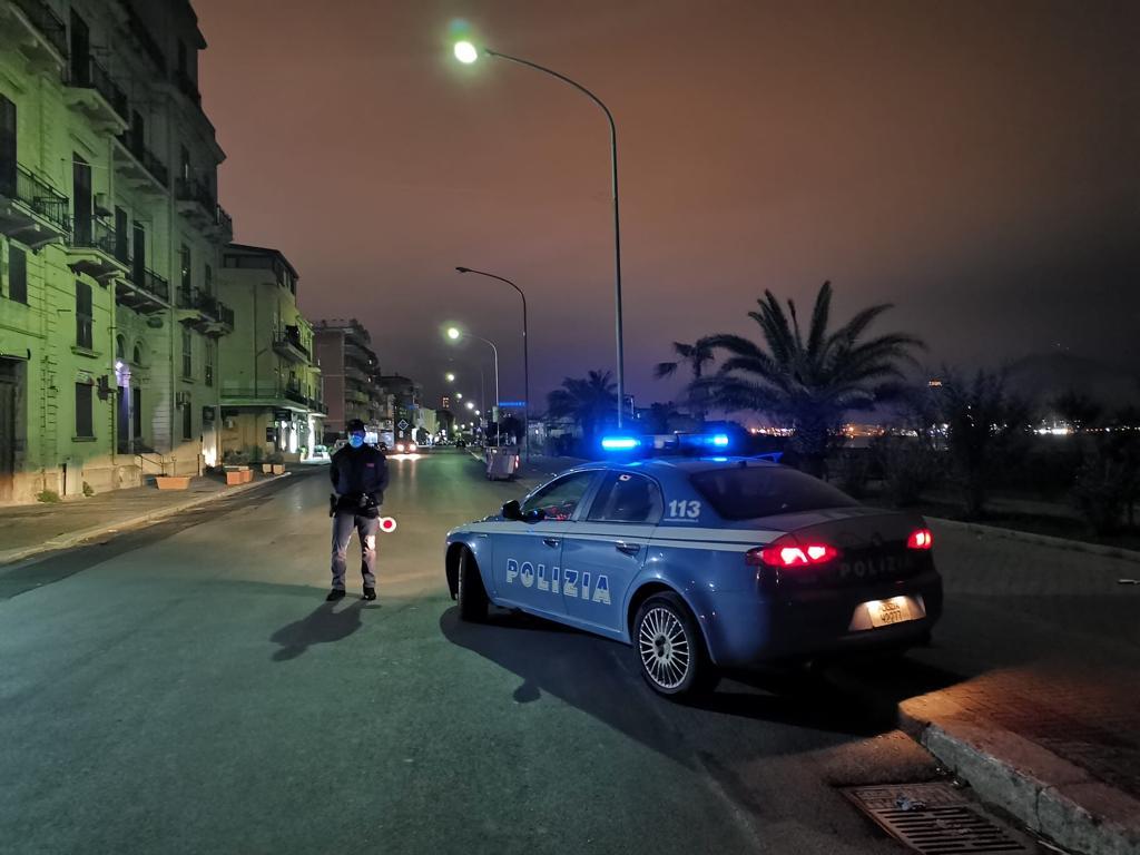 Palermo, rapine in villa a Mondello: la Polizia arresta giovane malvivente