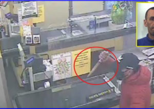 Uomo rapina un supermercato: braccato, si consegna ai carabinieri