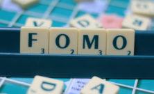 FOMO, paura di essere esclusi ed emarginazione: a volte colpa delle incomprensioni