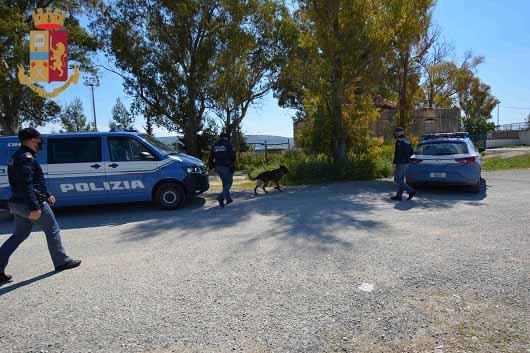 Ragusa, operazione anti-droga: polizia arresta due persone