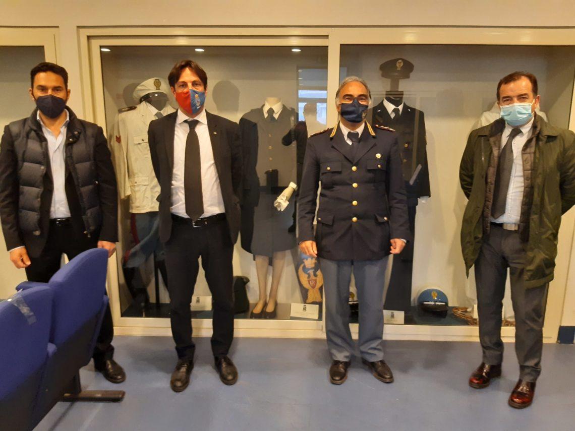 """Catania, l'assessore Cantarella visita il """"X Reparto Mobile"""" della Polizia di Stato"""