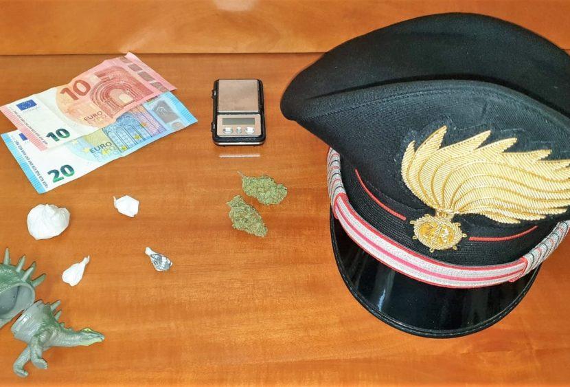 Acireale (CT), nascondeva la droga nel giocattolo del figlio: arrestato