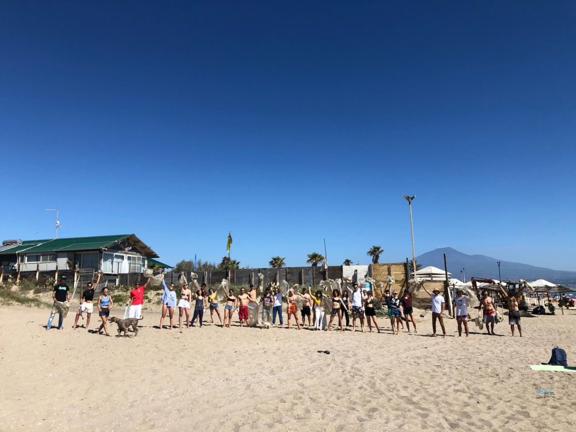 """""""Uniti per il mare 2.0"""": Catania partecipa al flashmob ecologico"""