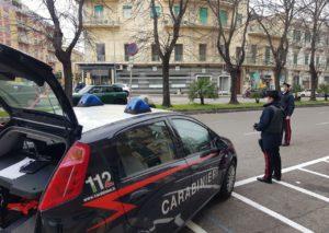 I Carabinieri arrestano due uomini per furto in abitazione nel messinese