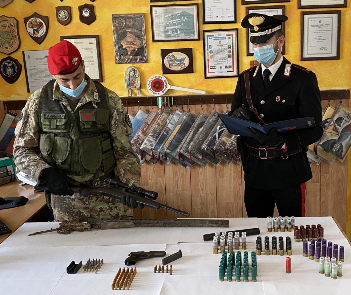 Deteneva illecitamente armi e munizioni, un arresto nel messinese