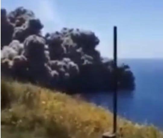 Eruzione mozzafiato nell'isola di Stromboli: video dell'accaduto