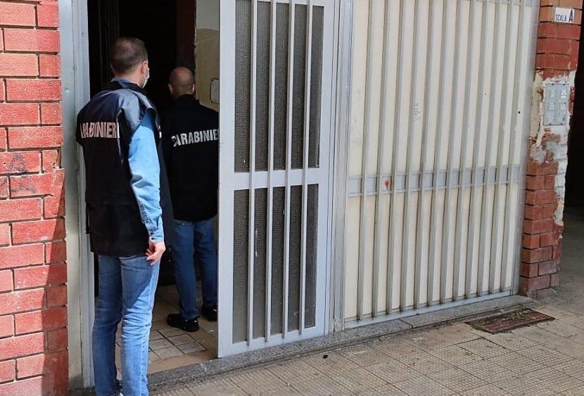 Catania, orina sulla cocaina per disperderne le tracce: arrestato