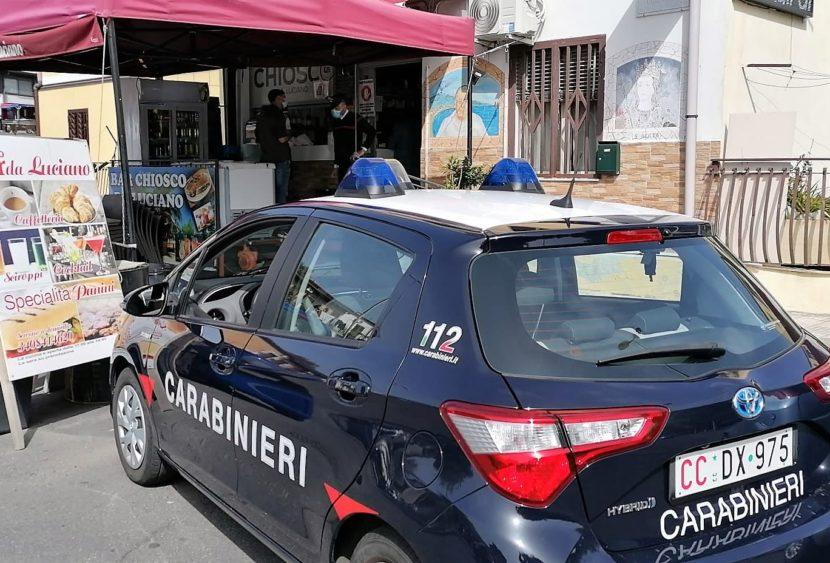 Alimenti in cattivo stato di conservazione: denunciato il titolare di un chiosco a Catania