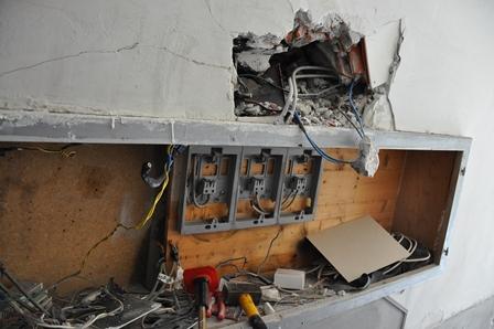 Adrano (CT): un'intera famiglia denunciata per furto di energia elettrica