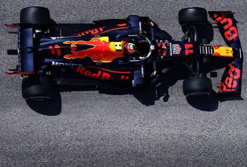 F1, Baku: Perez vince grazie al ritiro di Max, Vettel e Gasly a podio. Erroraccio Hamilton
