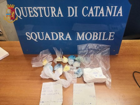 Catania. Arrestato dai Falchi con 350 grammi di crack e cocaina