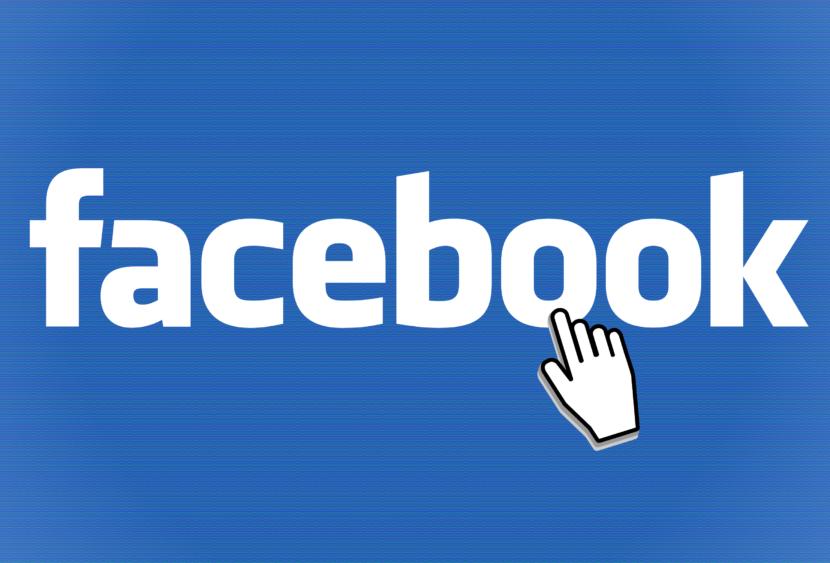 Facebook sta inserendo il diritto di satira per moderare le fake news
