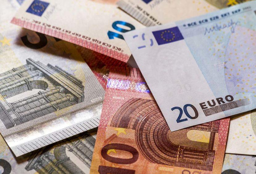 Lecce, giovani ragazzi restituiscono portafoglio con 1240 euro