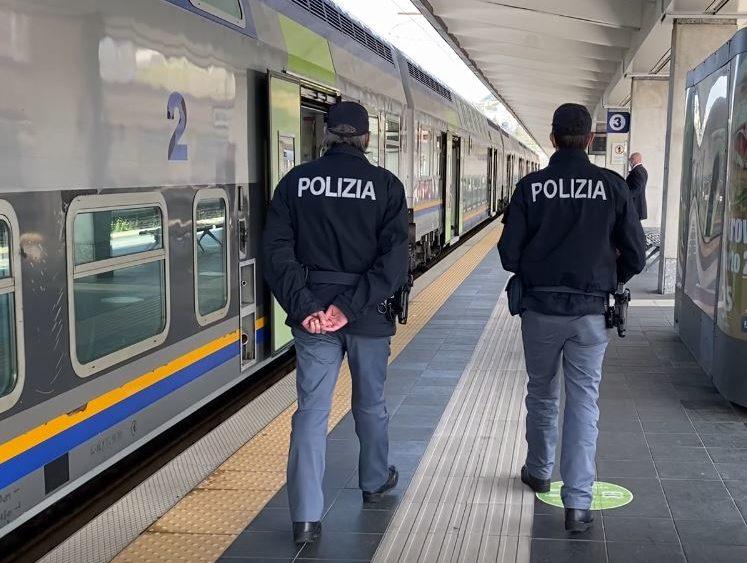 Trieste, la polizia arresta un latitante sul treno dall'Austria