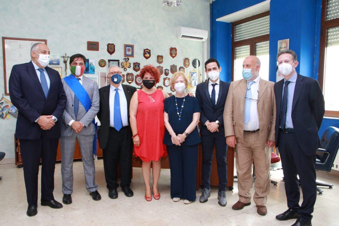 Catania, il Ministro all'Istruzione in visita al Duca degli Abruzzi