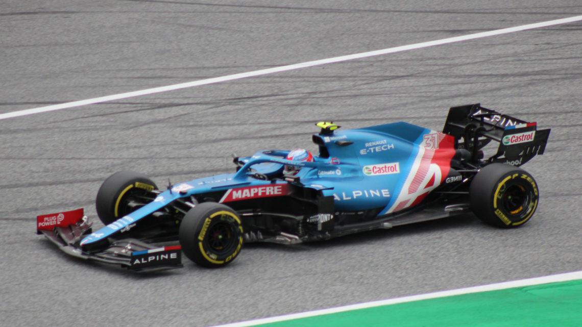 F1: Ocon vince (prima volta in carriera) una gara folle davanti a 11 mondiali