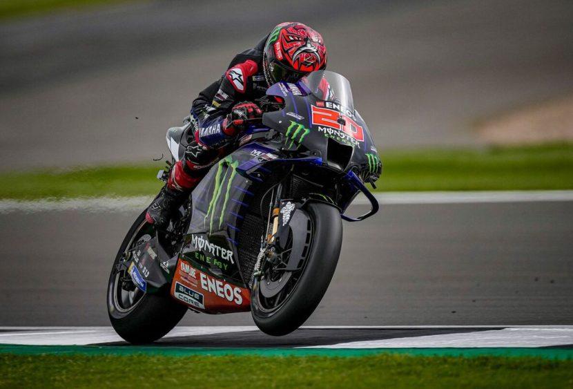 MotoGP, Silverstone: Quartararo fugge, storico podio per Aprilia
