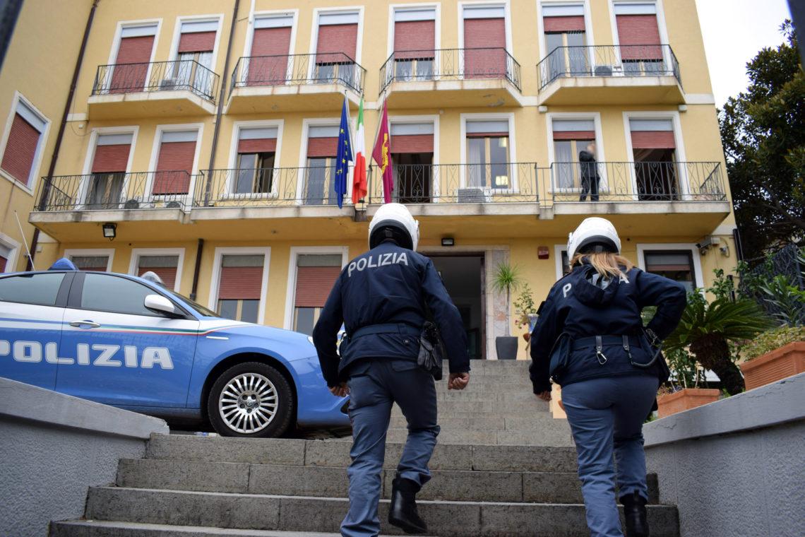 Taormina. Misura cautelare degli arresti domiciliari per responsabile di stalking