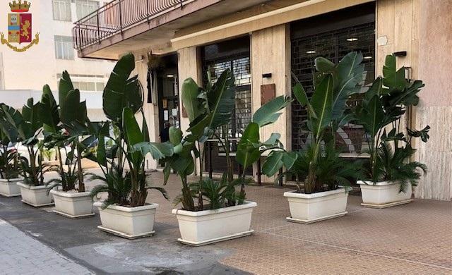 Catania, controllo in città: Disposta chiusura di un noto bar in città