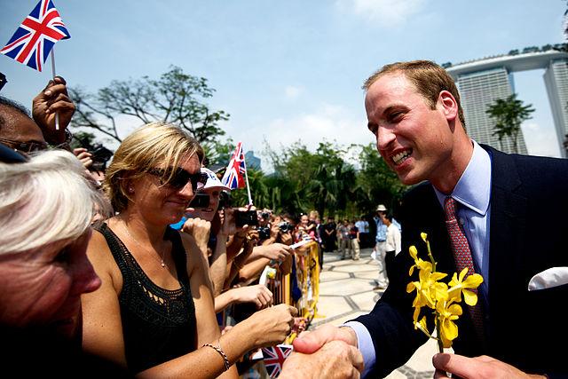 Con l'aiuto del Principe William dieci persone fuggono dall'Afghanistan