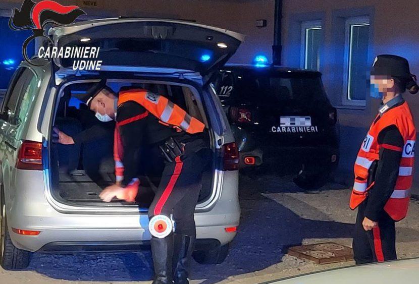 Trasportava un cittadino clandestino, arrestato a Pontebba
