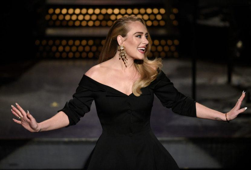 """Adele è tornata! """"Easy on me"""" è il suo nuovo singolo"""