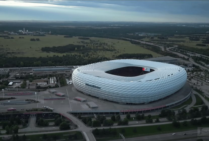 Bundesliga: vola il Friburgo, cade il Bayern, vincono Lipsia e Dortmund