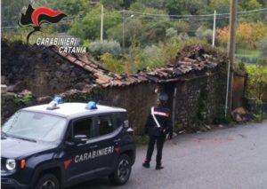 Zafferana Etnea (CT). Casolare a fuoco: anziano salvato dai carabinieri