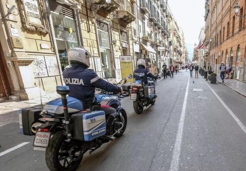 Palermo: la polizia arresta uno spacciatore e sequestra cocaina pronta allo smercio