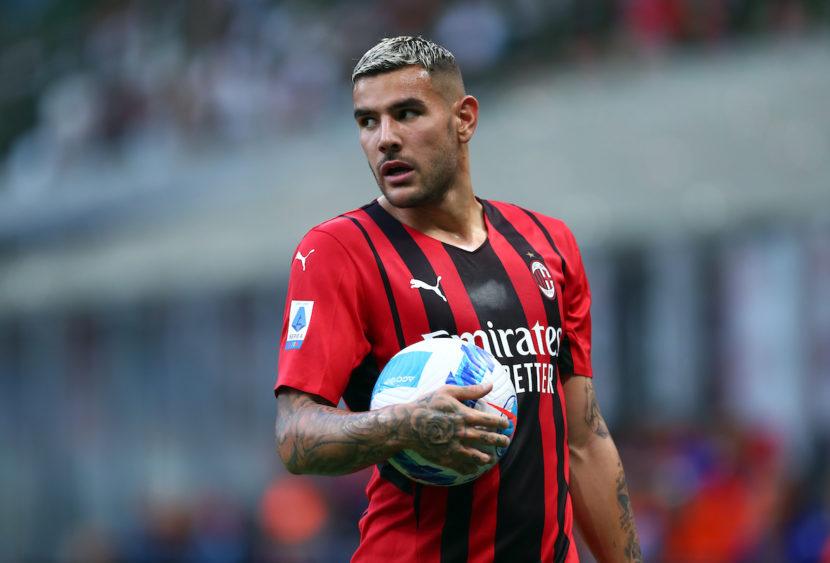 Theo Hernandez positivo al Covid: il Milan perde un'altra pedina importante