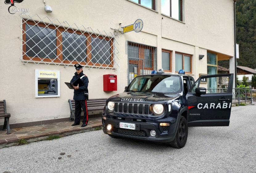 Carabinieri: preleva denaro con una carta rubata