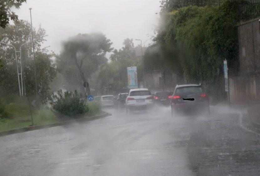 Maltempo e traffico circonvallazione nel IV municipio a Catania